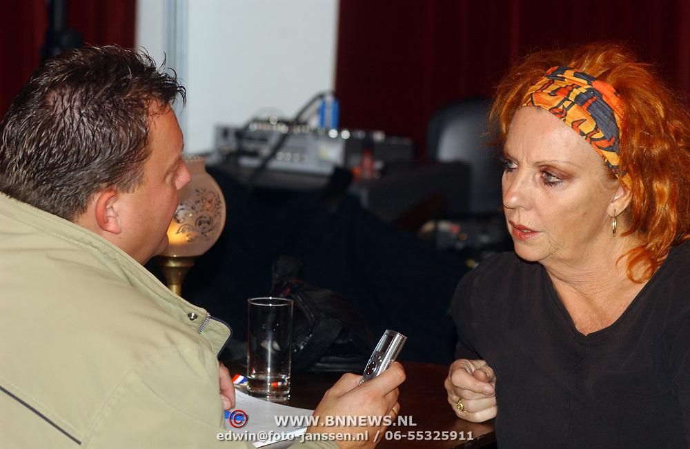 1e Repetitiedag de Jantjes, cast, Edwin Bredius interviewt Carrie Tefsen
