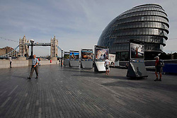 UK ENGLAND LONDON 22SEP10 - Canadian Broadcasting Corporation TV crew at work at the Tarnished Earth exhibition on the South Bank, central London...jre/Photo by Jiri Rezac..© Jiri Rezac 2010