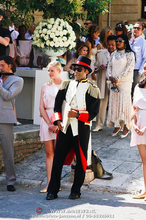 ITA/Siena/20100717 Wedding of soccerplayer Wesley Sneijder and tv host Yolanthe Cabau van Kasbergen, Ivo Chundro