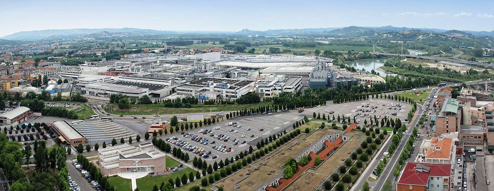 Alba veduta aerea dello stabilimento della Ferrero