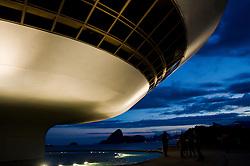 Um dos mais espetaculares Museus de Arte no mundo, MAC, Museu de Arte Contemporanea de Niteroi, obra do Oscar Niemeyer./ One of the most spectacular art museums in the world, the MAC (Museu de Arte Contemporanea / Museum of Contemporary Art) has put Niteroi on the 'definately must see' list of many tourists.  The stunning building, designed by Brazilian star-architect Oscar Niemeyer, offers beautiful views over the Guanabara Bay. Foto: Fabio Caffe/Argosfoto.