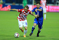 13.10.2014, Stadion Gradski vrt, Osijek, CRO, UEFA Euro Qualifikation, Kroatien vs Aserbaidschan, Gruppe H, im Bild Luka Modric, Qara Qarayev // during the UEFA EURO 2016 Qualifier group H match between Croatia and Azerbaijan at the Stadion Gradski vrt in Osijek, Croatia on 2014/10/13. EXPA Pictures © 2014, PhotoCredit: EXPA/ Pixsell/ Davor Javorovic<br /> <br /> *****ATTENTION - for AUT, SLO, SUI, SWE, ITA, FRA only*****