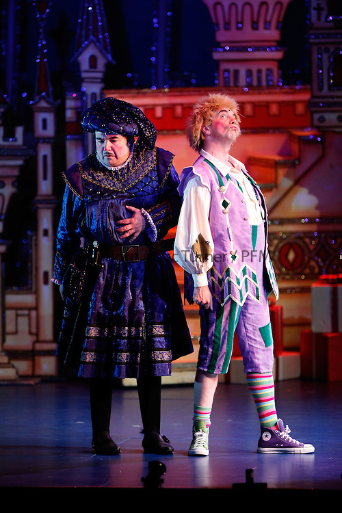 Snow White at The Kings - Photo Essay<br /> <br /> <br /> Gavin Mitchell as Muddles, Steven McNicoll as the Henchman