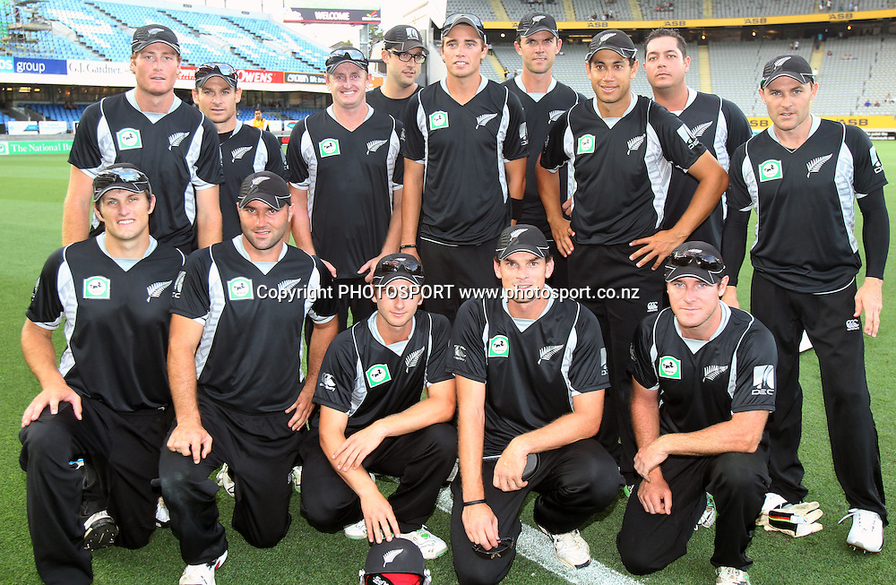 The New Zealand team pose for a photo after defeating Pakistan in the 6th ODI, Black Caps v Pakistan, One Day International Cricket. Eden Park, Auckland, New Zealand. Saturday 5 February 2011. Photo: Andrew Cornaga/photosport.co.nz
