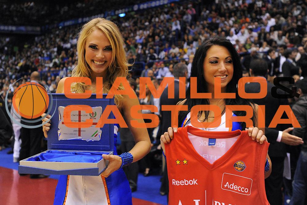DESCRIZIONE : Milano NBA EUROPE LIVE TOUR 2010 Armani Jeans Milano New York Knicks<br /> GIOCATORE : Cheerleaders<br /> SQUADRA : New York Knicks<br /> EVENTO : NBA EUROPE LIVE TOUR 2010 Armani Jeans Milano New York Knicks<br /> GARA : Armani Jeans Milano New York Knicks<br /> DATA : 03/10/2010<br /> CATEGORIA : Ritratto<br /> SPORT : Pallacanestro<br /> AUTORE : Agenzia Ciamillo-Castoria/A.Dealberto<br /> GALLERIA : NBA EUROPE LIVE TOUR 2010<br /> FOTONOTIZIA : NBA EUROPE LIVE TOUR 2010  Armani Jeans Milano New York Knicks<br /> PREDEFINITA :