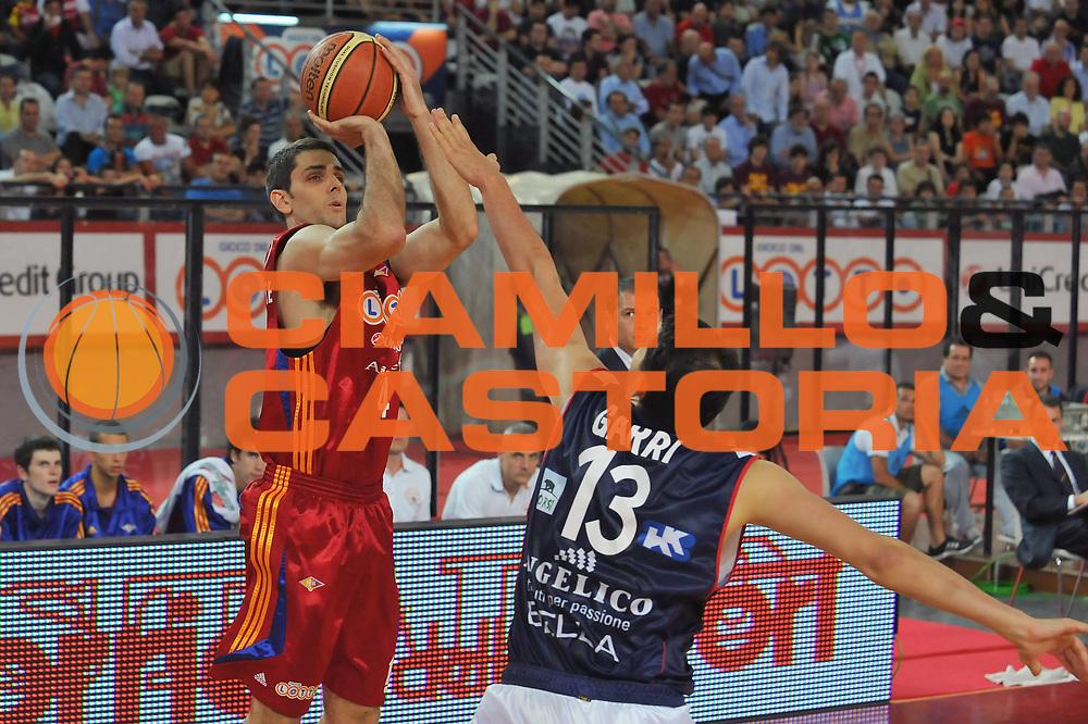 DESCRIZIONE : Roma Lega A 2008-09 Playoff Quarti di Finale Gara 3 Lottomatica Virtus Roma Angelico Biella<br /> GIOCATORE : Rodrigo De La Fuente<br /> SQUADRA : Lottomatica Virtus Roma<br /> EVENTO : Campionato Lega A 2008-2009 <br /> GARA : Lottomatica Virtus Roma Angelico Biella<br /> DATA : 22/05/2009<br /> CATEGORIA : Tiro<br /> SPORT : Pallacanestro <br /> AUTORE : Agenzia Ciamillo-Castoria/G.Vannicelli