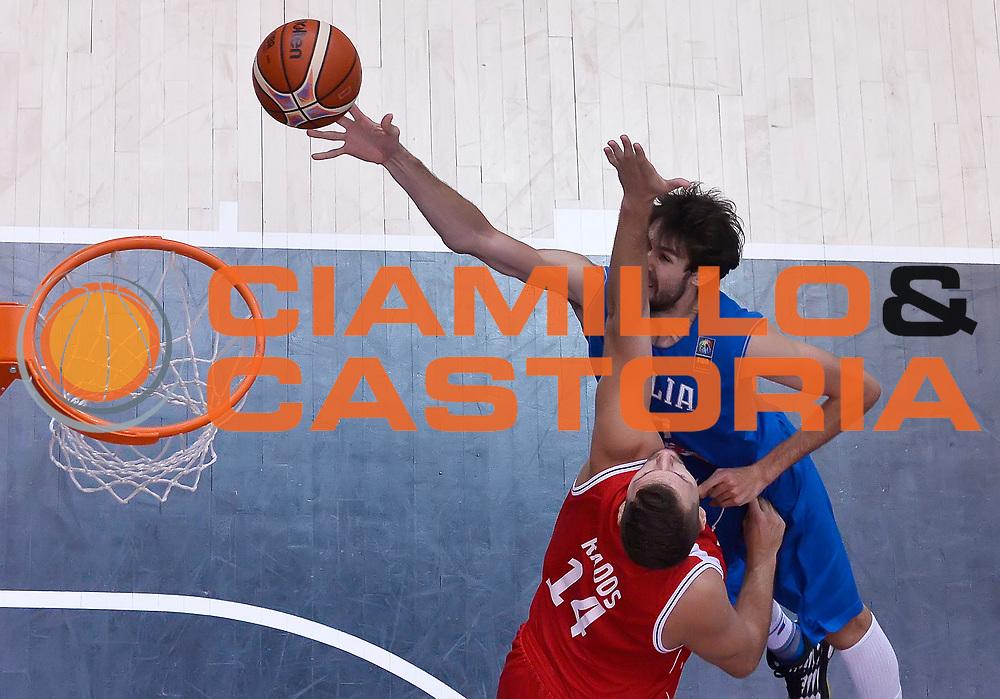 DESCRIZIONE : Trento Nazionale Italia Uomini Trentino Basket Cup Italia Austria Italy Austria <br /> GIOCATORE : Luca Vitali<br /> CATEGORIA : special tiro penetrazione<br /> SQUADRA : Italia Italy<br /> EVENTO : Trentino Basket Cup<br /> GARA : Italia Austria Italy Austria<br /> DATA : 31/07/2015<br /> SPORT : Pallacanestro<br /> AUTORE : Agenzia Ciamillo-Castoria/R.Morgano<br /> Galleria : FIP Nazionali 2015<br /> Fotonotizia : Trento Nazionale Italia Uomini Trentino Basket Cup Italia Austria Italy Austria