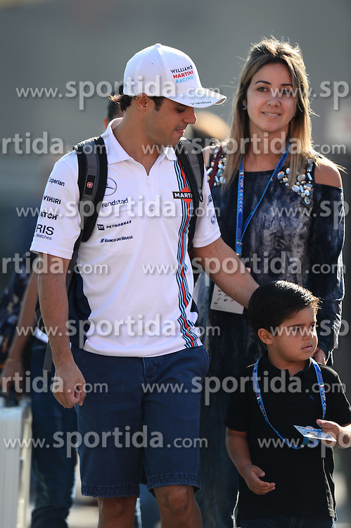 06.09.2014, Autodromo di Monza, Monza, ITA, FIA, Formel 1, Grand Prix von Italien, Qualifying, im Bild Felipe Massa (BRA) Williams with wife Rafaela Bassi (BRA) and son Felipinho Massa (BRA). // during the Qualifying of Italian Formula One Grand Prix at the Autodromo di Monza in Monza, Italy on 2014/09/06. EXPA Pictures &copy; 2014, PhotoCredit: EXPA/ Sutton Images/ Lundin<br /> <br /> *****ATTENTION - for AUT, SLO, CRO, SRB, BIH, MAZ only*****