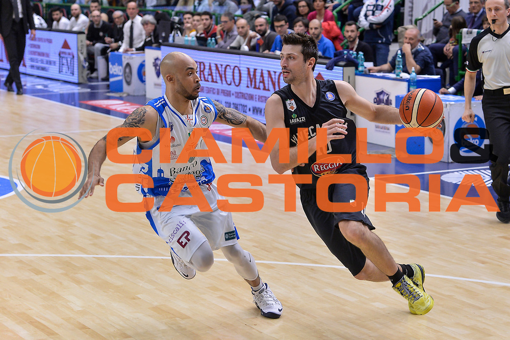 DESCRIZIONE : Beko Legabasket Serie A 2015- 2016 Dinamo Banco di Sardegna Sassari - Pasta Reggia Juve Caserta<br /> GIOCATORE : Daniele Cinciarini<br /> CATEGORIA : Palleggio Penetrazione<br /> SQUADRA : Pasta Reggia Juve Caserta<br /> EVENTO : Beko Legabasket Serie A 2015-2016<br /> GARA : Dinamo Banco di Sardegna Sassari - Pasta Reggia Juve Caserta<br /> DATA : 03/04/2016<br /> SPORT : Pallacanestro <br /> AUTORE : Agenzia Ciamillo-Castoria/L.Canu