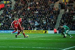 PRESTON, ENGLAND - Saturday, January 3, 2009: Liverpool's captain Steven Gerrard MBE plays the ball to Fernando Torres, who scores his side's second goal deep into injury time against Preston North End during the FA Cup 3rd Round match at Deepdale. (Photo by David Rawcliffe/Propaganda)