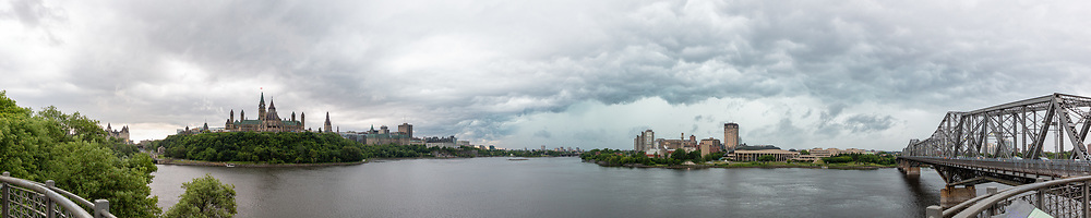 https://Duncan.co/storm-over-ottawa