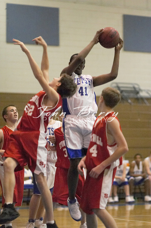 MCHS 8th Grade Boys Basketball..vs North Fork..Fourth Period..December 17, 2004