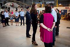 Auckland-Royal Visit, Duke and Duchess meet Air Force Base staff