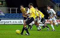 Photo: Richard Lane.<br />Oxford United v Carlisle United. Nationwide Division Three. 13/12/2003.<br />Andy Crosby slots home Oxford's second goal from the penalty spot.