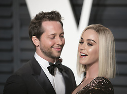 February 26, 2017 - Beverly Hills, California, U.S - Derek Blasberg & Katy Perry on the red carpet at the 2017 Vanity Fair Oscar Party held at the Wallis Annenberg Center in Beverly Hills, California, Sunday February 26, 2017. (Credit Image: © Prensa Internacional via ZUMA Wire)