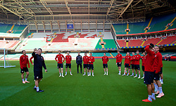 CARDIFF, WALES - Wednesday, October 10, 2018: Wales players during a training session at the Principality Stadium ahead of the International Friendly match between Wales and Spain. Tony Strudwick. (Pic by David Rawcliffe/Propaganda)