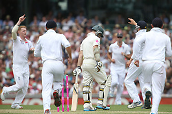 © Licensed to London News Pictures. 03/01/2014. Chris Rogers walks off after getting dismissed by Ben Stokes  during the 5th Ashes Test Match between Australia Vs England at the SCG on 03 January, 2013 in Melbourne, Australia. Photo credit : Asanka Brendon Ratnayake/LNP