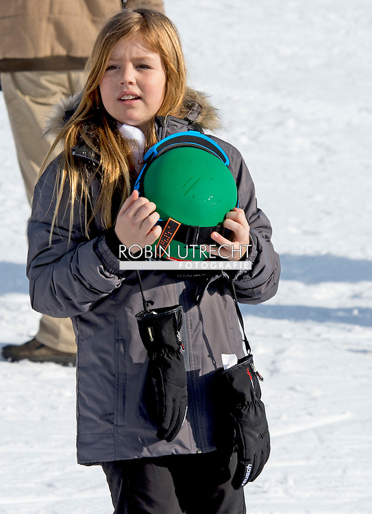 22-2-2015 LECH - Princess Alexia, the second daughter of King Willem-Alexander and Queen Maxima, on Saturday in the Austrian Lech broken her leg while skiing. The Government Information Service announced that it is the right thigh and the princess is operated. Prinses Alexia, de tweede dochter van koning Willem-Alexander en koningin Máxima, heeft zaterdag in het Oostenrijkse Lech haar been gebroken tijdens het skiën. De Rijksvoorlichtingsdienst meldt dat het om het rechter bovenbeen gaat en dat de prinses wordt geopereerd.  AUSTRIA - King Willem-Alexander, Queen Maxima, Princess Amalia, Princess Alexia, Princess Ariane and Princess Beatrix and Princess Laurentien and Prince Constantijn and their children Countess Eloise, Count Claus-Casimir and Countess Leonore of The Netherlands during Their winter holidays in Lech am Arlberg, Austria, 22 February 2016. COPYRIGHT ROBIN UTRECHT