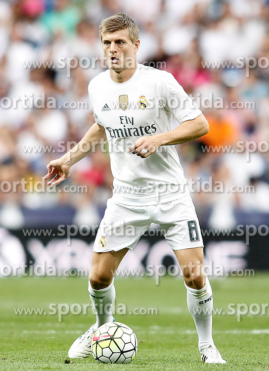 26.09.2015, Estadio Santiago Bernabeu, Madrid, ESP, Primera Division, Real Madrid vs Malaga CF, 6. Runde, im Bild Real Madrid's Toni Kroos // during the Spanish Primera Division 6th round match between Real Madrid and Malaga CF at the Estadio Santiago Bernabeu in Madrid, Spain on 2015/09/26. EXPA Pictures &copy; 2015, PhotoCredit: EXPA/ Alterphotos/ Acero<br /> <br /> *****ATTENTION - OUT of ESP, SUI*****