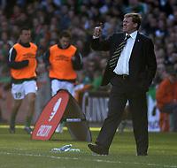 Photo: Paul Thomas.<br />Republic of Ireland v Wales. European Championships 2008 Qualifying. 24/03/2007.<br /><br />Steve Staunton, Ireland manager.