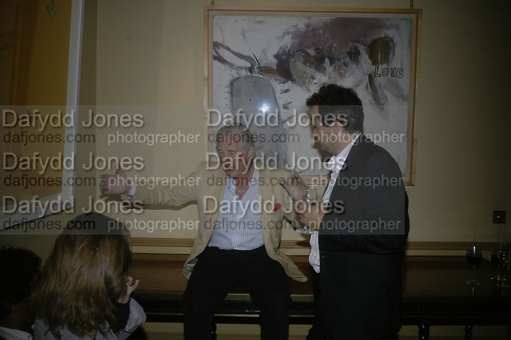 Martin Summers, Party for Jean Pigozzi hosted by Ivor Braka to thank him for the loan exhibition 'Popular Painting' from Kinshasa'  at Tate Modern. Cadogan sq. London. 29 May 2007.  -DO NOT ARCHIVE-© Copyright Photograph by Dafydd Jones. 248 Clapham Rd. London SW9 0PZ. Tel 0207 820 0771. www.dafjones.com.