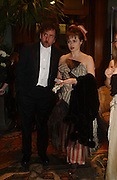 Tim Burton and Helena Bonham-Carter, Belle Epoche gala fundraising dinner. National Gallery. 16 March 2006. ONE TIME USE ONLY - DO NOT ARCHIVE  © Copyright Photograph by Dafydd Jones 66 Stockwell Park Rd. London SW9 0DA Tel 020 7733 0108 www.dafjones.com