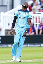 Jofra Archer of England cuts a frustrated figure - Mandatory by-line: Robbie Stephenson/JMP - 14/07/2019 - CRICKET - Lords - London, England - England v New Zealand - ICC Cricket World Cup 2019 - Final