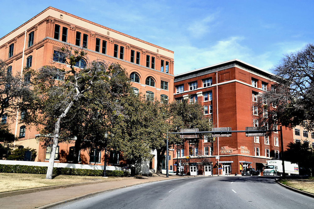 Dealey Plaza Museum Tour