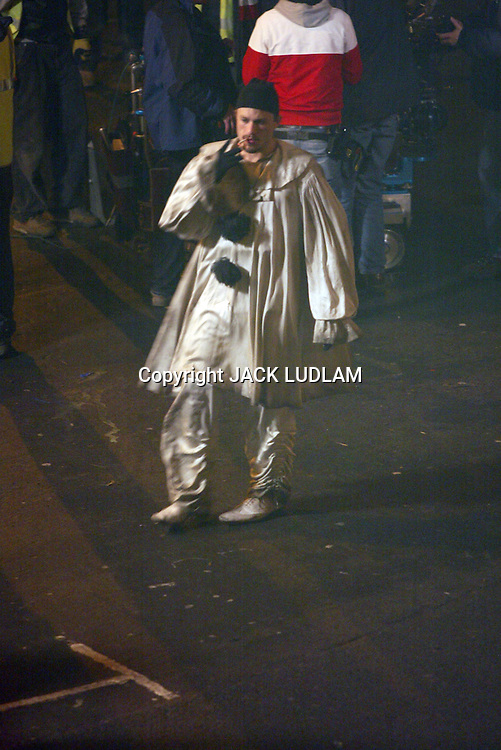 HEATH LEDGER LAST   PHOTOS taken  on set  before his death<br />