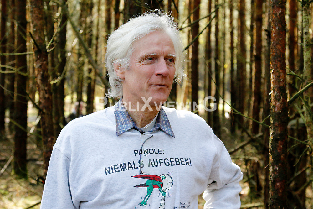 Portrait: Dieter Scharschmidt<br /> <br /> Ort: Gorleben<br /> Copyright: Karin Behr<br /> Quelle: PubliXviewinG