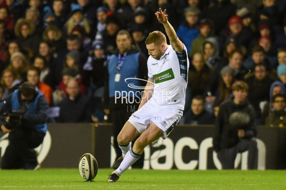 Finn Russell takes a penalty during the Guinness Pro 14 2017_18 match between Edinburgh Rugby and Glasgow Warriors at Murrayfield, Edinburgh, Scotland on 23 December 2017. Photo by Kevin Murray.