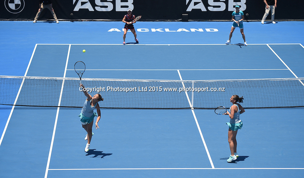 Italinan doubles players Sara Errani and Roberta Vinci in action on Finals day at the ASB Classic WTA International. ASB Tennis Centre, Auckland, New Zealand. Saturday 10 January 2015. Copyright photo: Andrew Cornaga/www.photosport.co.nz