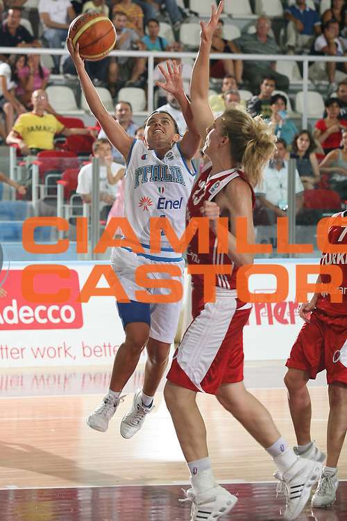DESCRIZIONE : Chieti Qualificazione Eurobasket Women 2009 Italia Turchia <br /> GIOCATORE : Angela Gianolla<br /> SQUADRA : Nazionale Italia Donne <br /> EVENTO : Raduno Collegiale Nazionale Femminile<br /> GARA : Italia Turchia Italy Turkey <br /> DATA : 27/08/2008 <br /> CATEGORIA : super tiro <br /> SPORT : Pallacanestro <br /> AUTORE : Agenzia Ciamillo-Castoria/M.Marchi <br /> Galleria : Fip Nazionali 2008 <br /> Fotonotizia : Chieti Qualificazione Eurobasket Women 2009 Italia Turchia <br /> Predefinita :