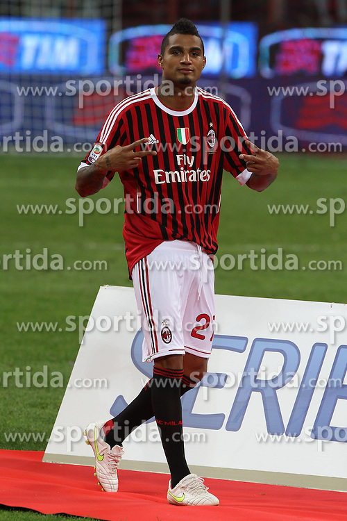 "14.05.2011, Giuseppe Meazza, Mailand, ITA, Serie A, AC Milan ist Meister, im Bild Kevin Prince Boateng.Festeggiamenti del Milan Campione d'Italia.Celebration.Milano 14/5/2011 Stadio ""San Siro - Giuseppe Meazza"".Football / Calcio Campionato Italiano Serie A 2010/2011.Milan Vs Cagliari.. EXPA Pictures © 2011, PhotoCredit: EXPA/ InsideFoto/ Paolo Nucci +++++ ATTENTION - FOR AUSTRIA/AUT, SLOVENIA/SLO, SERBIA/SRB an CROATIA/CRO CLIENT ONLY +++++"