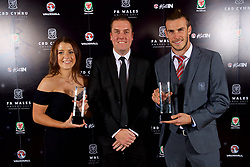 CARDIFF, WALES - Monday, October 2, 2017: FAW Women's Players' Player of the Year Angharad James and Men's Players' Player of the Year Gareth Bale during the FAW Awards Dinner at the Hensol Castle. (Pic by David Rawcliffe/Propaganda)