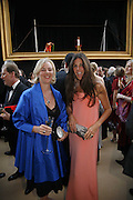 Elizabeth Saltzman and Countess Manfredi della Gherardesca, Ark Gala Dinner, Marlborough House, London. 5 May 2006. ONE TIME USE ONLY - DO NOT ARCHIVE  © Copyright Photograph by Dafydd Jones 66 Stockwell Park Rd. London SW9 0DA Tel 020 7733 0108 www.dafjones.com