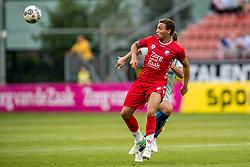 16-08-2017 NED: Europa League FC Utrecht - Zenit St. Petersburg, Utrecht<br /> Utrecht wint met 1-0 van Zenit / Cyriel Dessers #11 of FC Utrecht