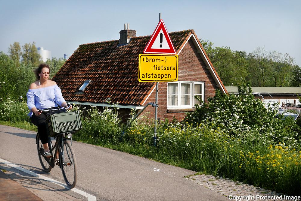 May 9, 2018 - 17:49<br /> The Netherlands, Diemen - Diemerzeedijk