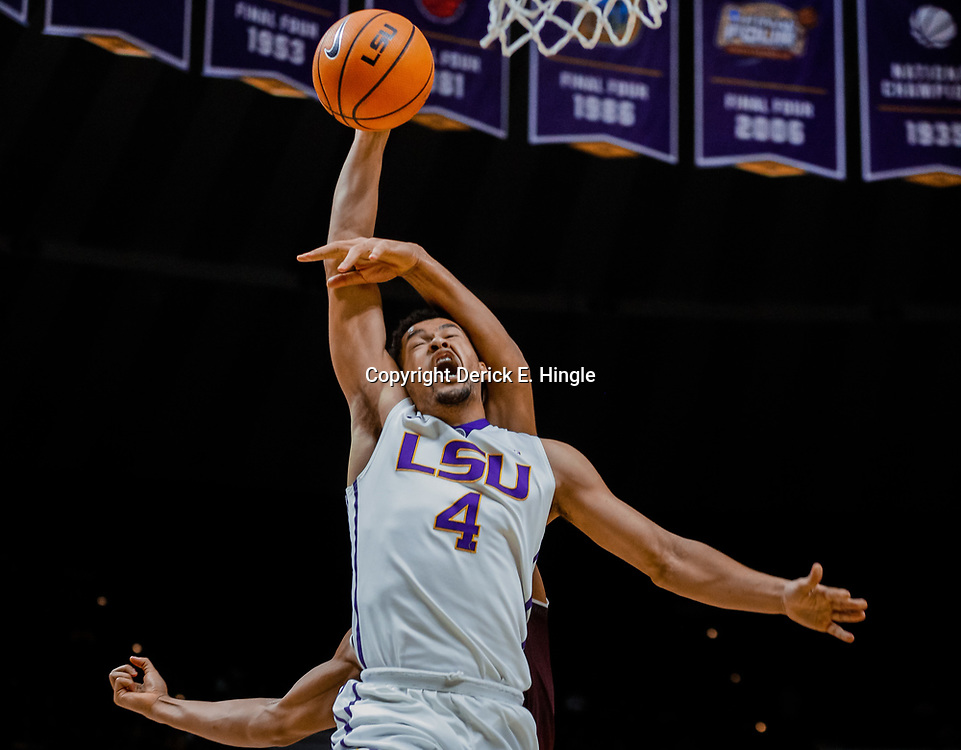Jan 23, 2018; Baton Rouge, LA, USA; LSU Tigers guard Skylar Mays (4) is fouled by Texas A&M Aggies center Tyler Davis (34) during the second half at the Pete Maravich Assembly Center. LSU defeated Texas A&M 77-65. Mandatory Credit: Derick E. Hingle-USA TODAY Sports