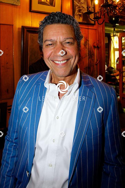 VOLENDAM - In Hotel Spaander is de nieuwe cover onthult van het magazine L'HOMO 5e editie. Met op de foto  Frank Sanders. FOTO LEVIN DEN BOER - PERSFOTO.NU