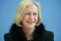 21 FEB 2013, BERLIN/GERMANY:<br /> Johanna Wanka, CDU, Bundesministerin fuer Bildung und Forschung, wahrend einer Pressekonferenz, Bundespressekonferenz<br /> IMAGE: 20130221-01-018