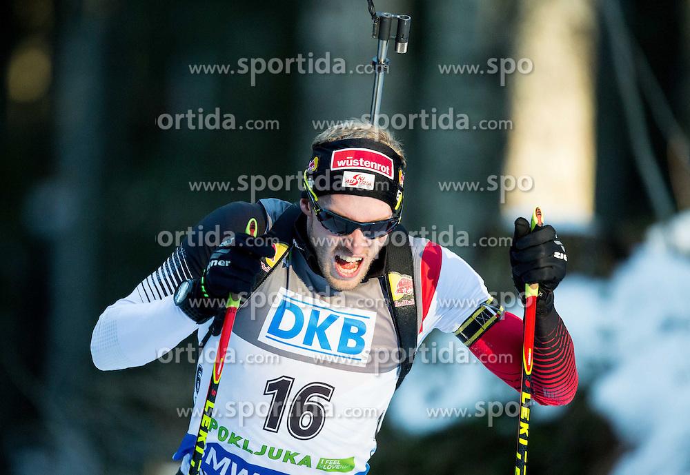 19.12.2014, Rudno polje, Pokljuka, SLO, IBU Weltcup Biathlon, Pokljuka, Sprint, Herren, im Bild LANDERTINGER Dominik (AUT) competes // during the Mens Sprint of E. ON IBU Biathlon World Cup at the Rudno polje in Pokljuka, Slovenia on 2014/12/19. EXPA Pictures &copy; 2014, PhotoCredit: EXPA/ Sportida/ Vid Ponikvar<br /> <br /> *****ATTENTION - OUT of SLO, FRA*****