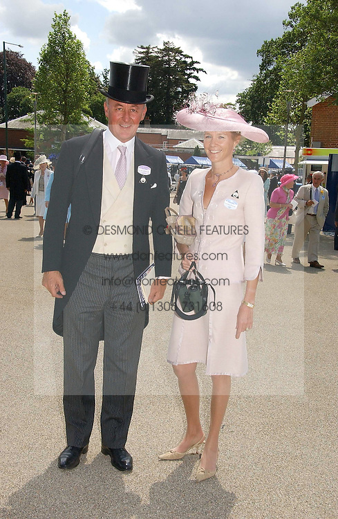 The DUKE & DUCHESS OF ROXBURGHE at the first day of the Royal Ascot racing festival 2006 at Ascot Racecourse, Berkshire on 20th June 2006.<br />
