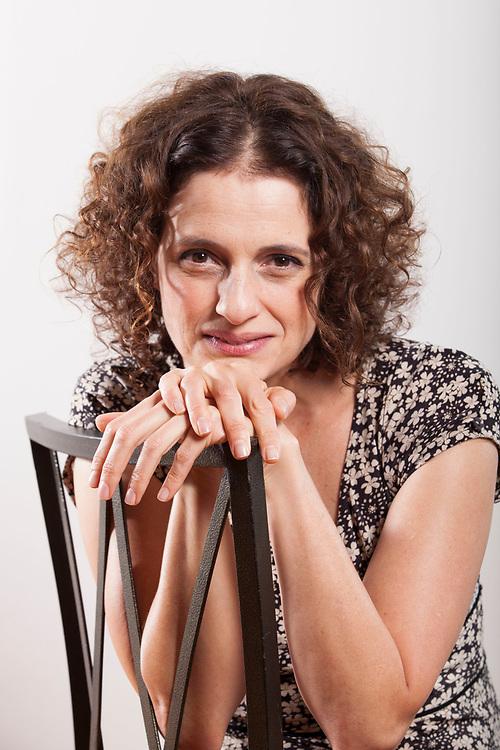 Belo Horizonte_MG, 21 de outubro de 2010<br /> <br /> Denise Fraga<br /> <br /> Na foto, Denise Fraga para capa da revista.<br /> <br /> Foto: NIDIN SANCHES / NITRO