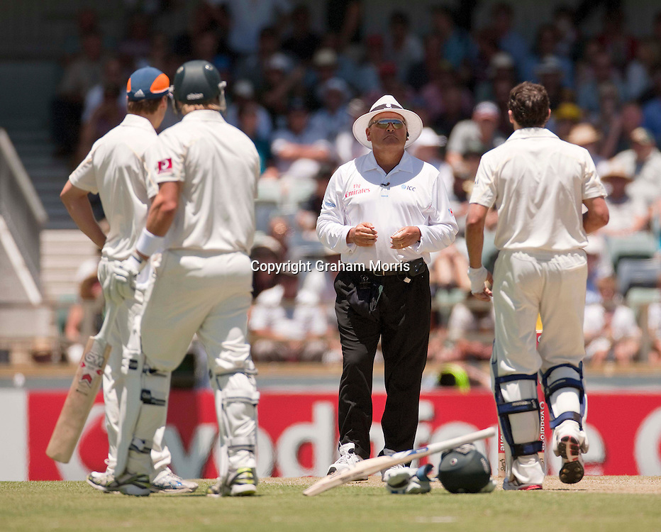 Umpire Marais Erasmus on giving Shane Watson out, lbw for 95, after a referral during the third Ashes test match between Australia and England at the WACA (West Australian Cricket Association) ground in Perth, Australia. Photo: Graham Morris (Tel: +44(0)20 8969 4192 Email: sales@cricketpix.com) 18/12/10