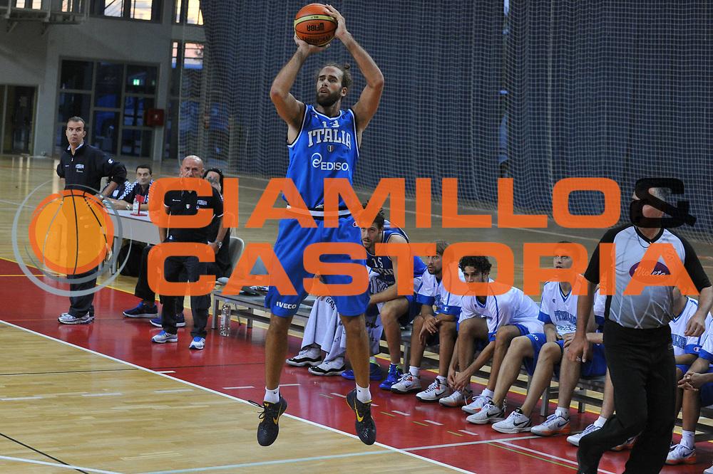 DESCRIZIONE : Porec Amichevole Croazia Italia<br /> GIOCATORE : luigi datome<br /> CATEGORIA : tiro<br /> SQUADRA : Nazionale Italia Maschile<br /> EVENTO : Amichevole Italia Croazia<br /> GARA : Italia Croazia<br /> DATA : 09/08/2012<br /> SPORT : Pallacanestro<br /> AUTORE : Agenzia Ciamillo-Castoria/C.De Massis<br /> Galleria : FIP Nazionali 2012<br /> Fotonotizia :  Trieste Amichevole Croazia Italia<br /> Predefinita :
