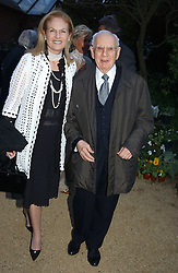 DR MORTIMER & MRS SACKLER at the Cartier Chelsea Flower Show dinat the annual Cartier Flower Show Diner held at The Physics Garden, Chelsea, London on 23rd May 2005.<br /><br />NON EXCLUSIVE - WORLD RIGHTS
