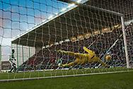 4th November 2017, Easter Road, Edinburgh, Scotland; Scottish Premiership football, Hibernian versus Dundee; Hibernian goalkeeper Ofir Marciano makes a stunning save to deny Dundee's Faissal El Bakhtaoui