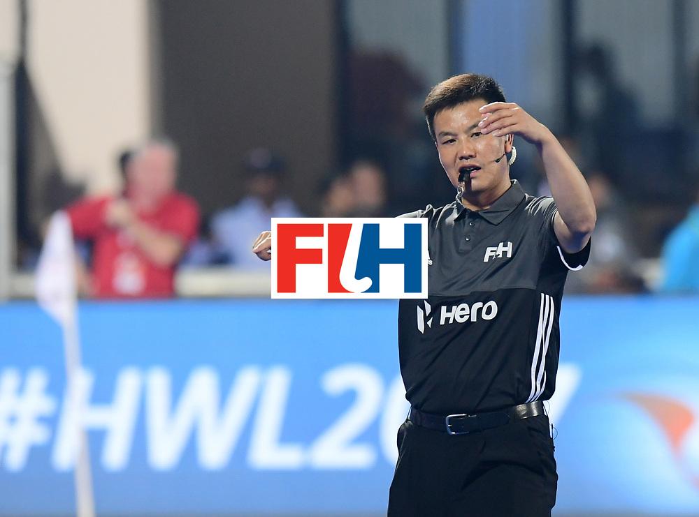 Odisha Men's Hockey World League Final Bhubaneswar 2017<br /> Match id:15<br /> Spain v Australia<br /> Foto: Umpire Dekang Chen<br /> COPYRIGHT WORLDSPORTPICS FRANK UIJLENBROEK