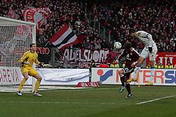 10.12.2011, easy Credit Stadion, Nuernberg, GER, 1.FBL, 1. FC Nürnberg/ Nuernberg vs TSG 1899 Hoffenheim, im Bild:Vedad Ibisevic (Hoffenheim #19) macht 0-1 Tor durch Kopfball. // during the Match GER, 1.FBL, 1. FC Nürnberg/ Nuernberg vs TSG 1899 Hoffenheim on 2011/12/10, easy Credit Stadion, Nuernberg, Germany..EXPA Pictures © 2011, PhotoCredit: EXPA/ nph/ Will..***** ATTENTION - OUT OF GER, CRO *****